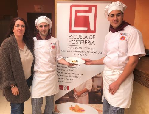 Los alumnos de la Escuela de Hostelería Costa del Sol Nayin Márquez y Francisco Ruiz ganan el Concurso Joven Chef Sabor a Málaga